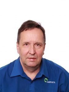 Campustan aulapalveluiden palveluesimies Pekka Rautanen.